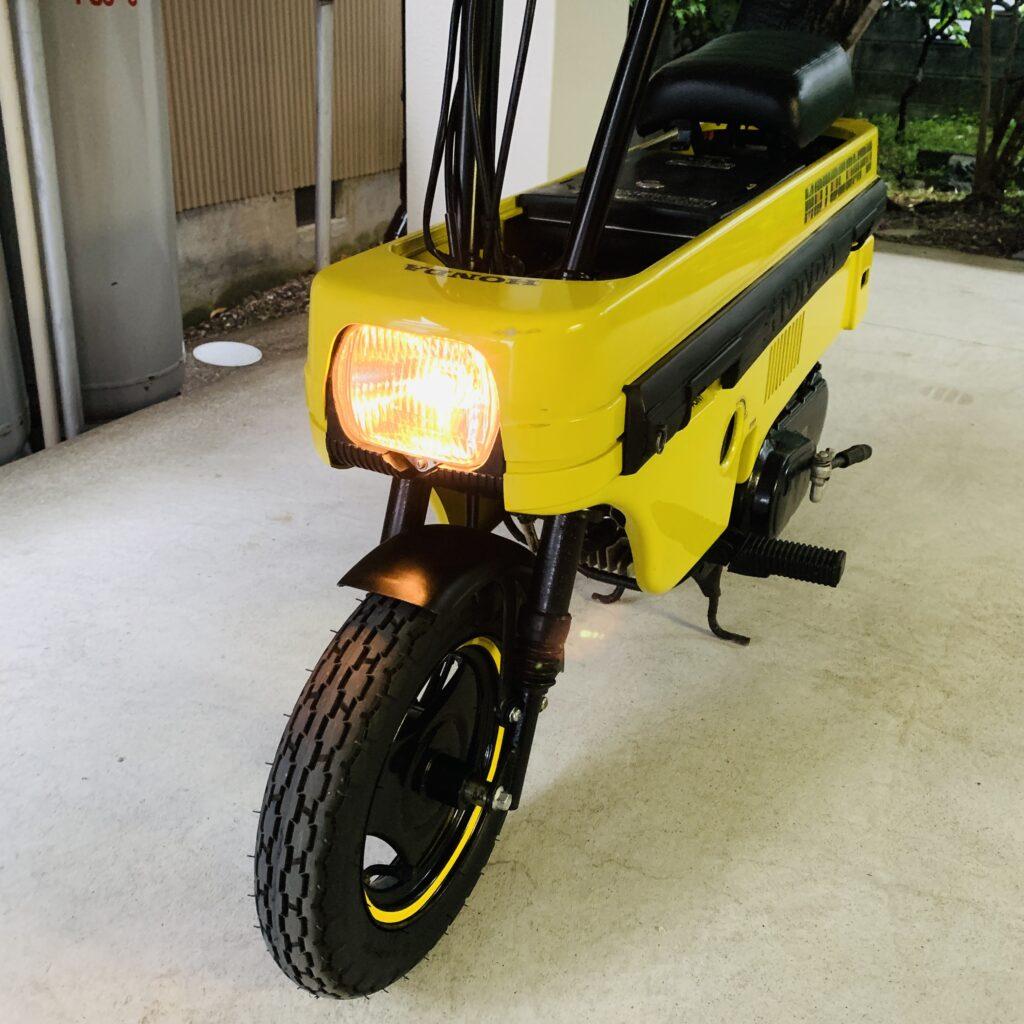 ホンダの原付バイク「モトコンポ」のバッテリー交換の方法・手順について